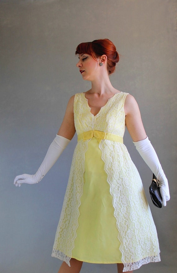 STOREWIDE SALE- 1960s Formal Dress. Lemon Yellow. Lace Fashion. Party Dress. Cocktail Dress. Mad Men . Pastel. Spring Dress. Size Medium