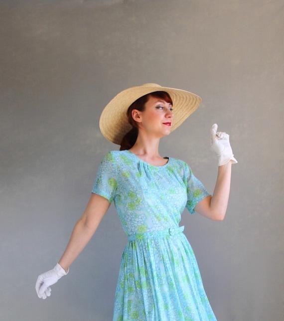 Sale- 1950s Summer Dress. Blue. Floral Dress. Garden Party Dress. Pastel Fashion . Weddings. Mad Men Fashion. Day Dress. Size Large