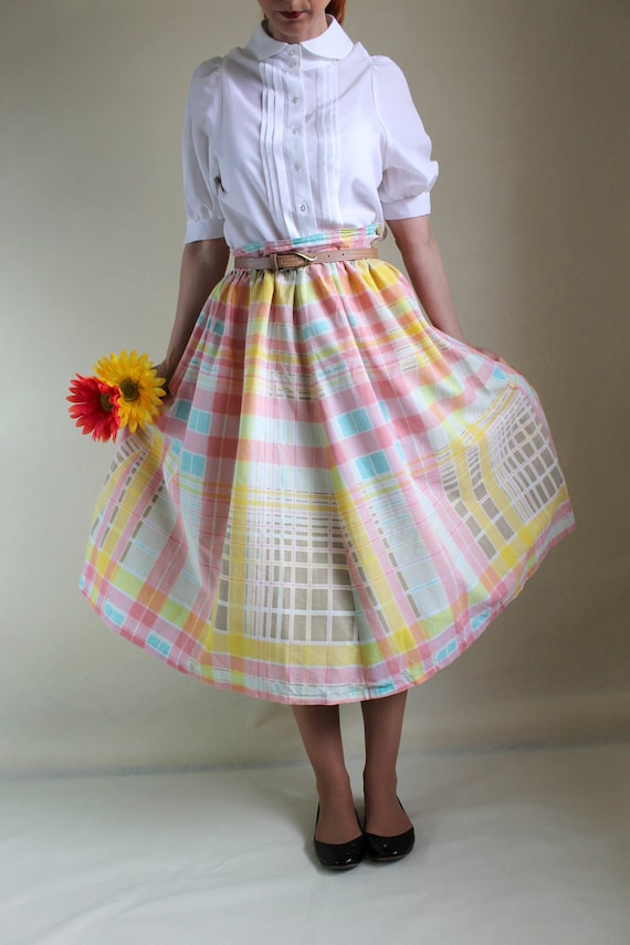Sale - Vintage 1950s Pastel Skirt. Pink Blue Yellow. Mad Men Fashion. Office Fashion. Summer. Fall Fashion. Back To School. Size Large