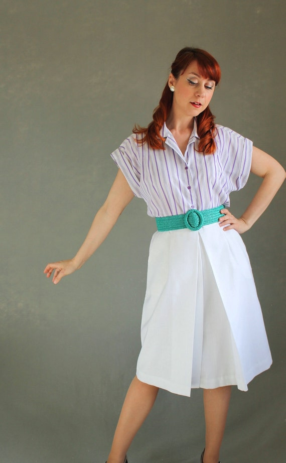 Sale - 1970s White Skirt. Mad Men Fashion. Office Fashion. Spring Fashion. Summer Fashion. Size Medium