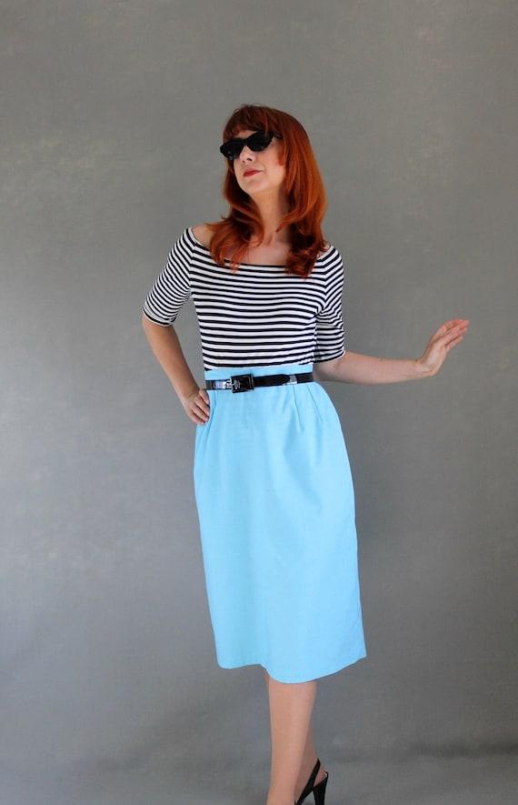 1970s Pastel Blue Pencil Skirt. Mad Men. Office. Mod. Summer. Size Large