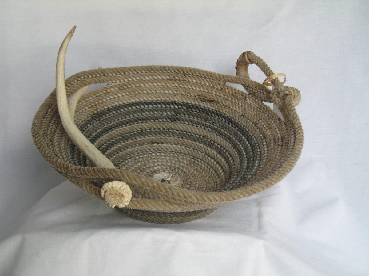 Handmade antler baskets : Upcycled handmade lasso rope basket with deer antler