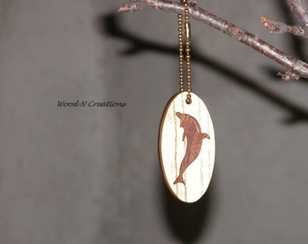 Key Chain with Dolphin Pendant - Aquatic Theme - Wooden Dolphin