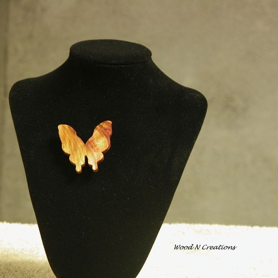 Brooch - Beautiful Butterfly - Red, Gold and Brown Colors