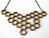 HONEYCOMB NECKLACE. wood