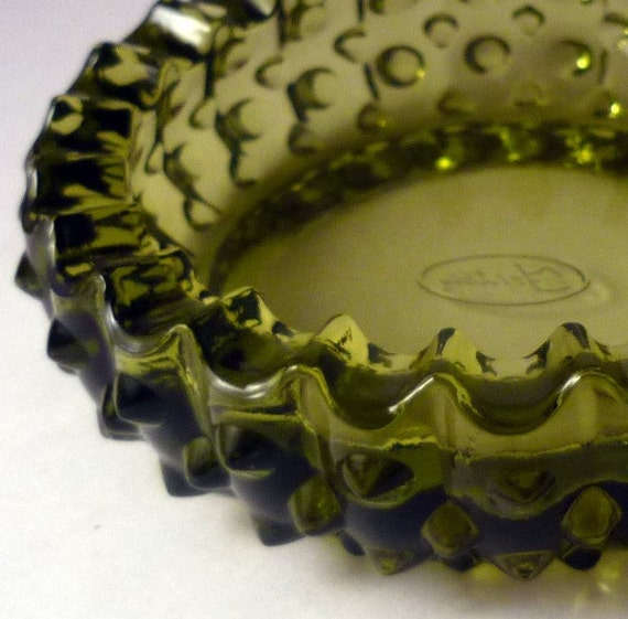 vintage glassware - fenton HOBNAIL colonial green ashtray