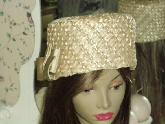 Mr. John Straw Bucket Hat - 1950's Classic