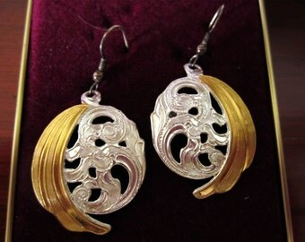 VINTAGE  Crumrine Gold and Silver Earrings