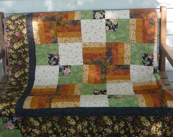 Market Place quilt, handmade quilt, quilt top ,modern quilt, throw quilt, bedspread, unique gifts, bed sccessory