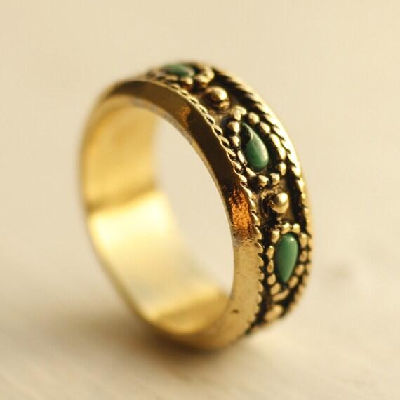 Boho golden vintage ring band