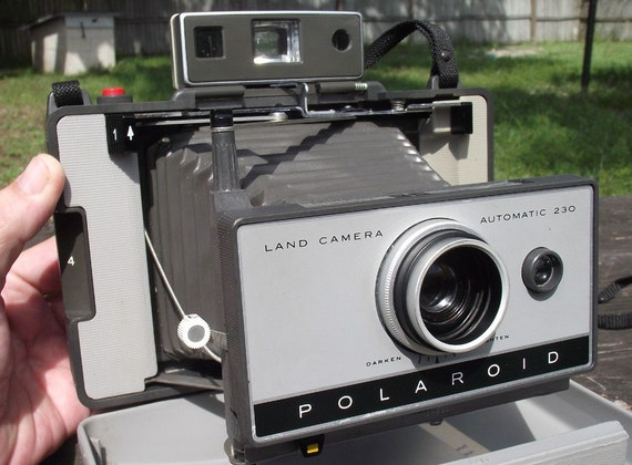 Polaroid 230 Land Camera