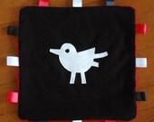Sensory Tag Blanket - bird in black & white