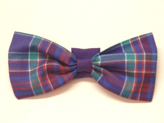 Adjustable Dog or Cat Collar Bow Tie  /  Neck Bow Tie in Removable Sizes