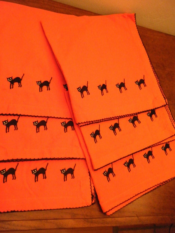 Halloween embroidered black cat napkins orange by for Halloween cloth napkins