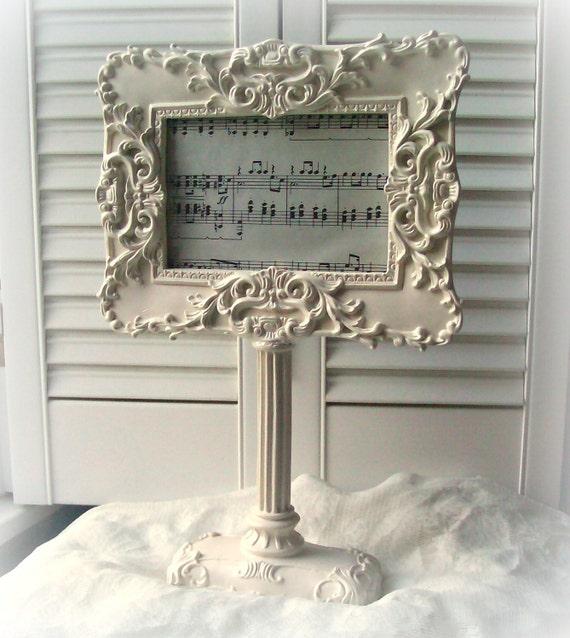 white picture frame pedestal frame shabby chic home decor. Black Bedroom Furniture Sets. Home Design Ideas
