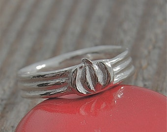 pumpkin ring, thanksgiving ring, silver ring, halloween ring