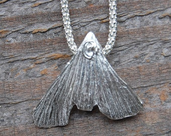 silver ginkgo necklace, angel hair, silver necklace, ready to ship, gift for her, gift for wife, gift for girlfriend, silver pendant, leaf