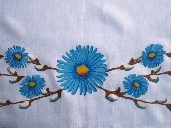 Vintage Springtime Tablecloth, Painted Blue Daisy and Pussy Willow Border, 42 Inch Square