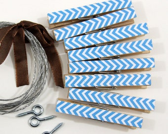 Clothesline Kit. Sapphire Blue Chevron Clothespins and Hanging Wire