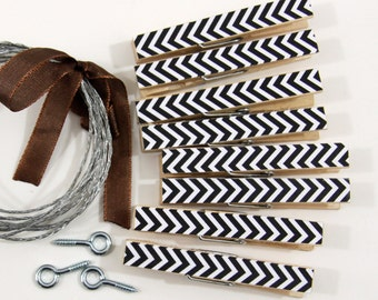 Clothesline Kit. Black Chevron Clothespins and Hanging Wire