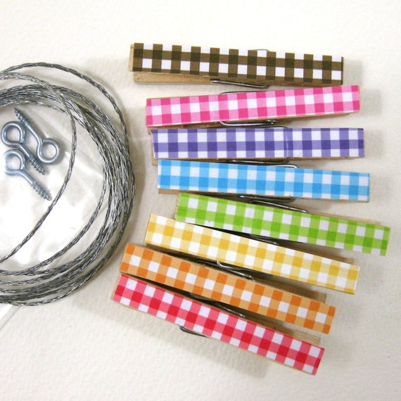 Clothesline Kit. Gingham Rainbow Clothespins and Hanging Wire