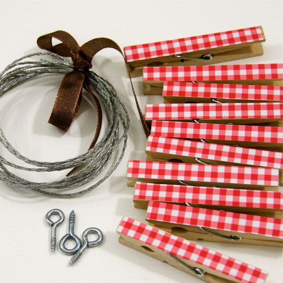 Clothesline Kit. Red Gingham Clothespins and Hanging Wire