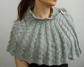 capelet - wrap - shrug - cape - cable knitted - asymmetrical - in supersoft light grey