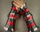 arm warmers fingerless mittens fingerless gloves arm cuffs recycled wool plaid scottish tartan eco friendly unisex tbteam therougett