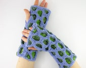 Fingerless gloves fingerless mittens arm warmers knit honeycomb motif lavender aqua kelly green tagt team teamt