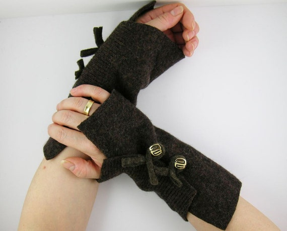 coffee brown recycled wool fingerless gloves wrists warmers arm cuffs fingerless mittens arm warmers eco friendly fall winter curationnation