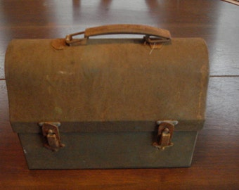 Vintage Rusty,Dusty,Crusty Lunch Box with Thermos