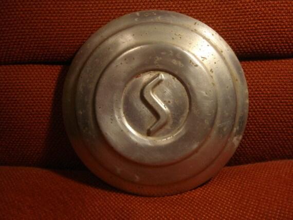Vintage Studebaker Hubcap for Decoration or Clock
