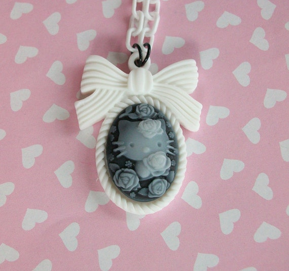 Hello Kitty Cameo Necklace