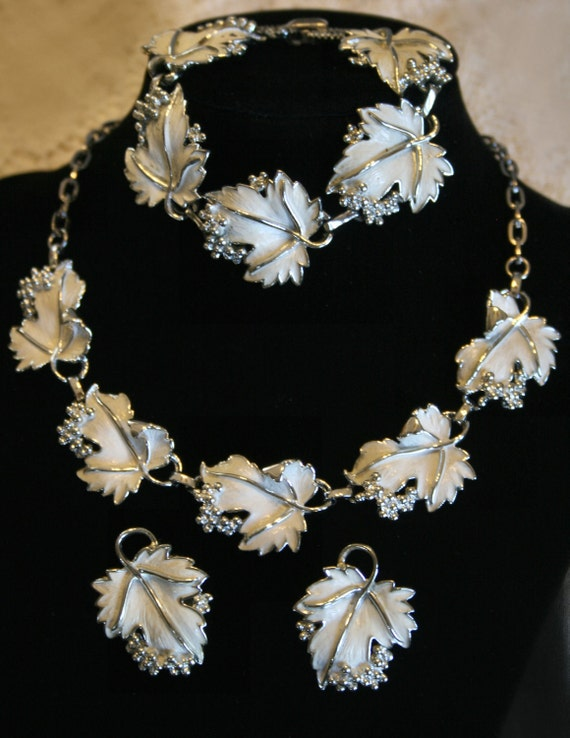 Whispering Leaves by Sarah Coventry - Necklace, Bracelet and Earrings - Wonderful Condition