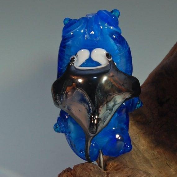 Cute Manta Ray Lampwork Pendant Bead- SRA