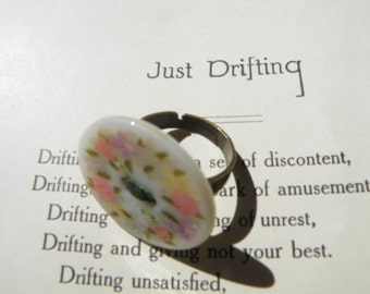 50% off this item, enter LOVE99 at checkout, Flower Button Ring, Easter Gift, Statement Ring, Gift