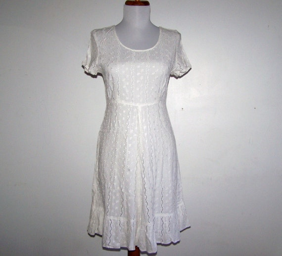 Vintage 80s Eyelet Embroidered Cotton White Dress Unconventional Bride Gorgeous Size XS S