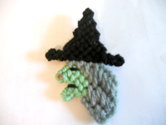 Plastic Canvas Halloween Witch Refrigerator Magnet
