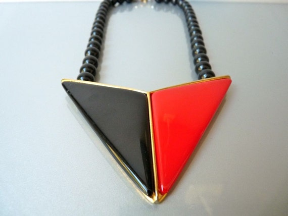 Vintage red and black pendant necklace