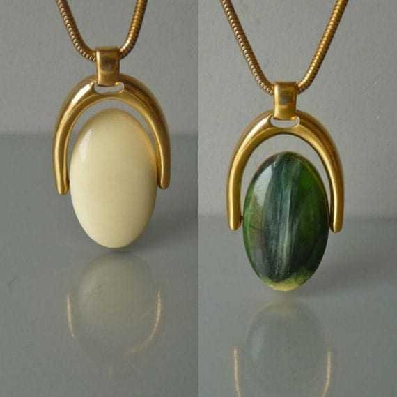 Vintage Trifari cream and green pendant necklace