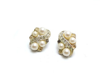 Gorgeous Pearl Pin Back Earrings, Beach Wedding, needs tlc