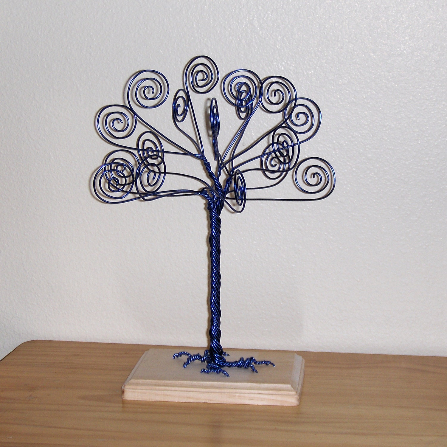 blue wire tree business card holder photo by twystedwyres