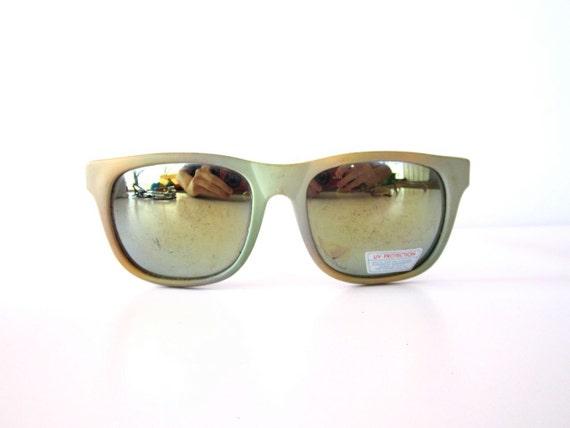 Radical Vintage 1980s Reflector Deadstock Sunglasses