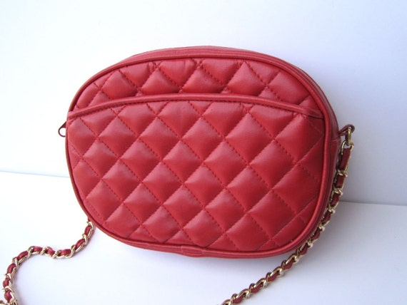 Vintage 1980s Red Quilted Gold Chain Strapped Purse