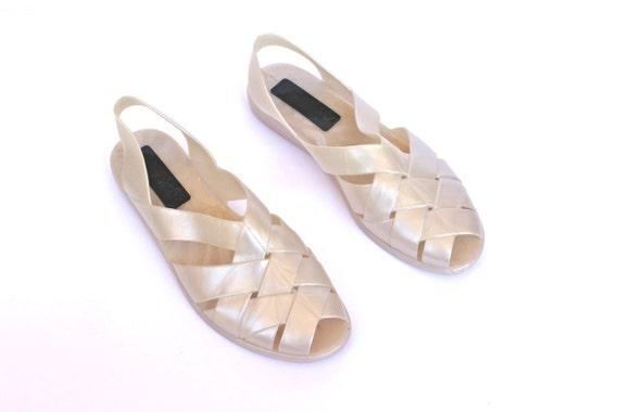 Vintage 1990s Pearl White Gel-Like Peep Toe Sandal Shoes