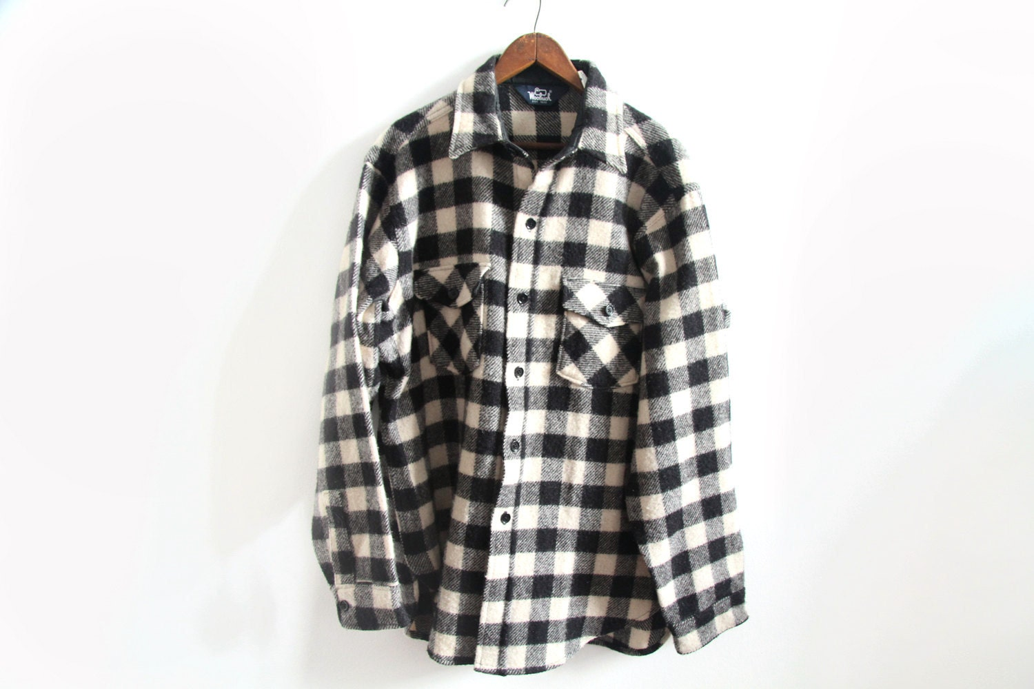 Vintage Plaid Woolrich Shirt Jacket Mens Black and White