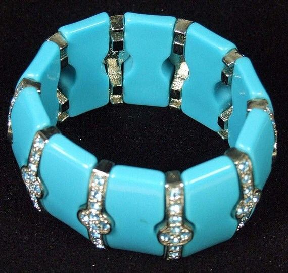 Stunning Vintage Blue Lucite and Sky Blue Turquoise and White Rhinestone Stretch Cuff Bracelet Wedding Stunner