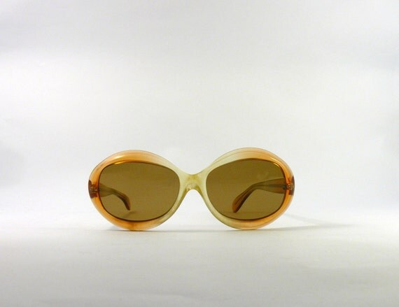 Vintage 1970s mod amber shaded frame sunglasses. oversized butterfly eyewear
