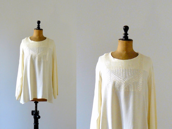 Vintage 1970s pale yellow boho embroidery blouse