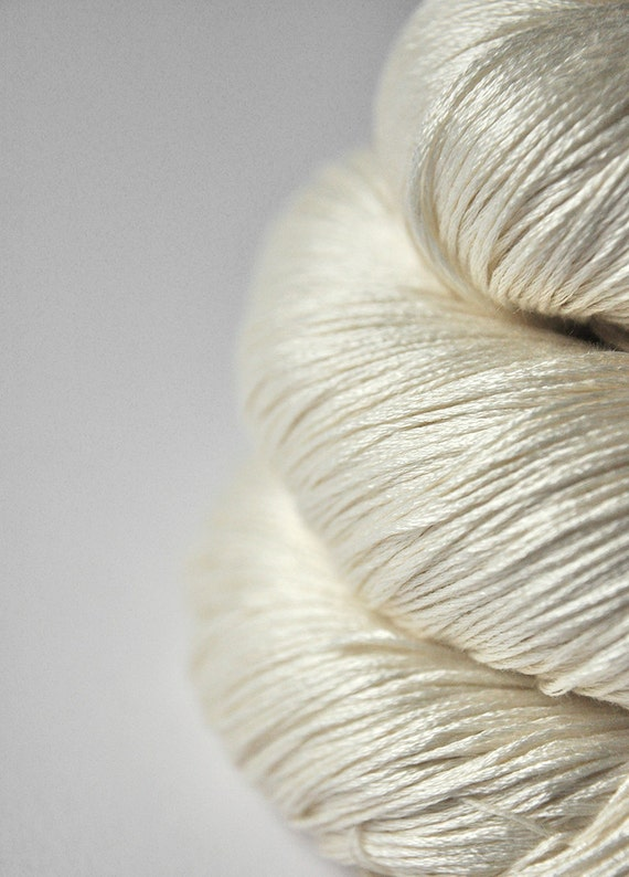 Ghost - natural Silk Yarn Lace weight